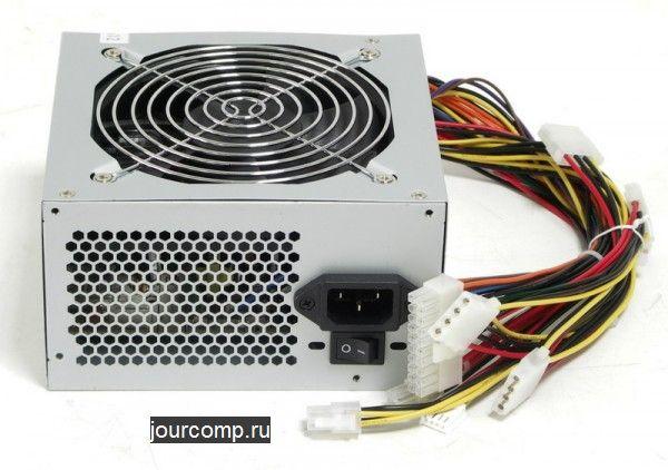podklyuchenie-avtomagnitoly-k-kompyuternomu-bloku
